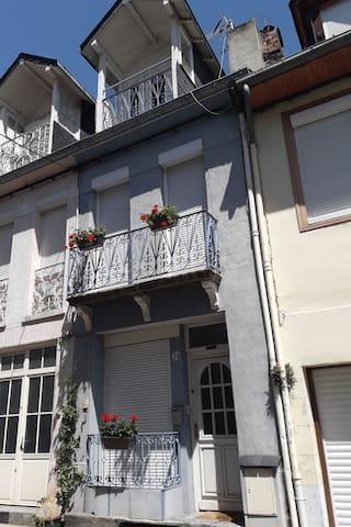 巴涅雷德吕雄的民宿
