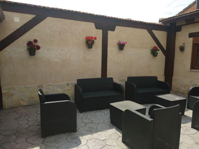 Villalba de Adaja的民宿