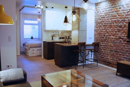 Jordan Suite - NEW! Executive furnished apartment