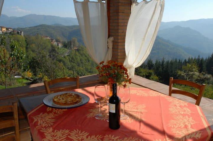 Lugnano-Monti di Villa的民宿