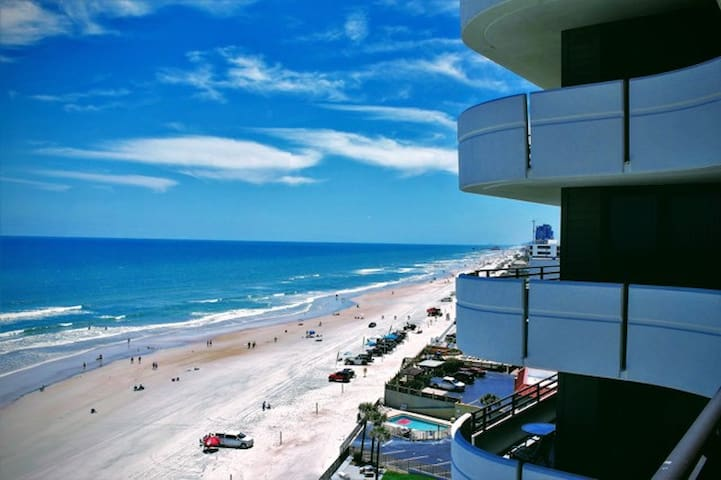 10th Story Ocean Front Condo - 3 Bedrooms, 2 Baths