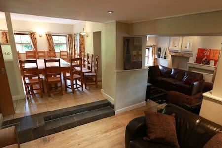Stag/Hen friendly property sleeps 20