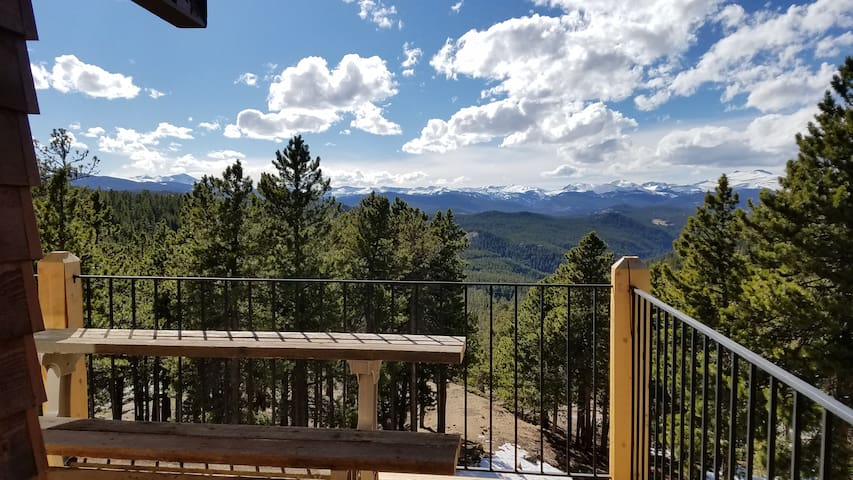 Peak to Peak Mountain Home at 8500 ft in Golden,CO