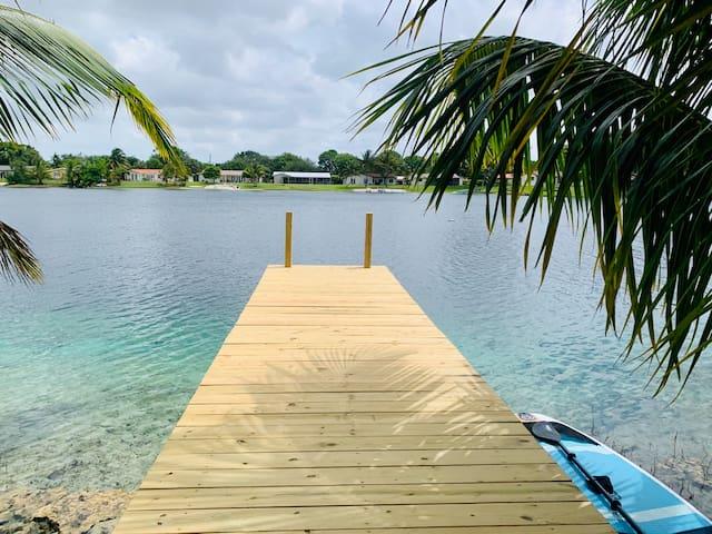 Miami Lakes的民宿