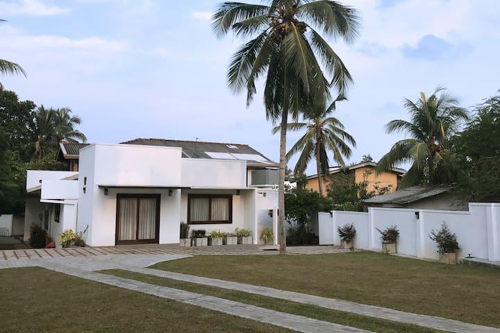 Sri Jayawardenepura Kotte的民宿