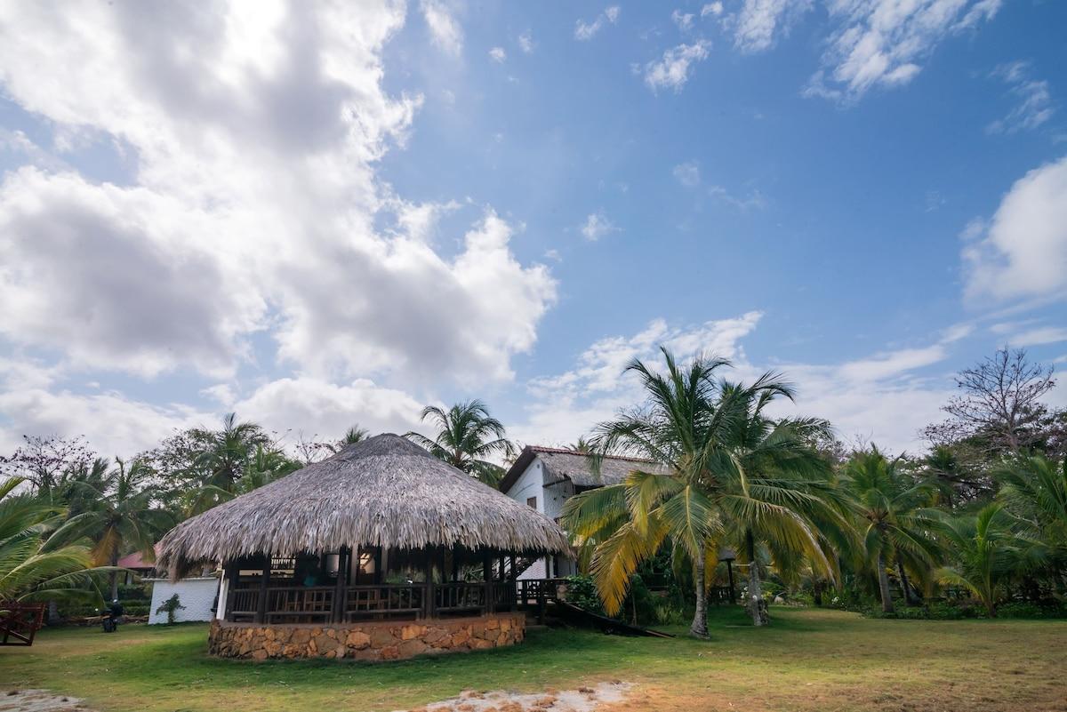 Fantastica Cabaña con Kiosco 3 Habitaciones