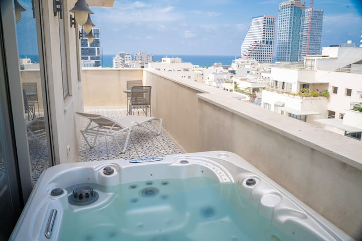 Duplex 3BR &Jacuzzi &Sea view-3 min from the beach