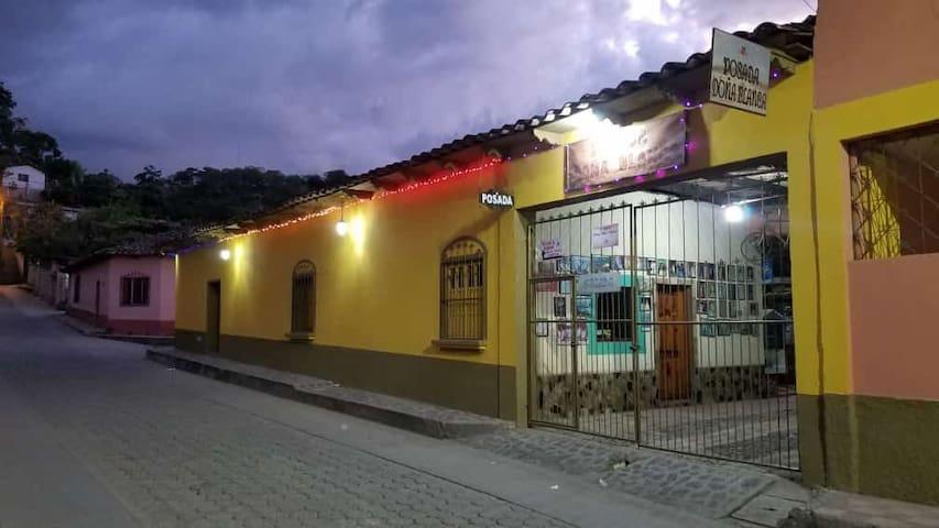 Posada Doña Blanca (habitación #1)