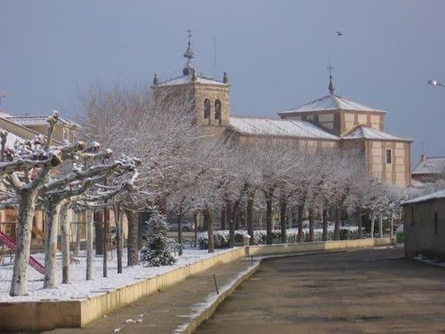 Escalona del Prado的民宿