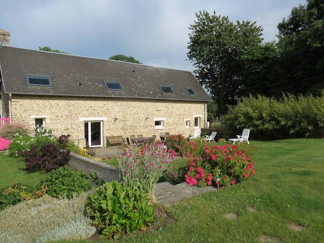 Épinay-sur-Odon的民宿