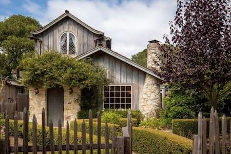 Stoney Cottage