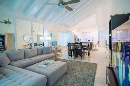2 BR beach condo resort with pool and ocean views