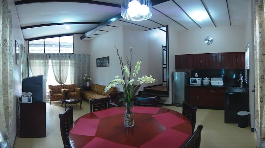 Spacious 2 BR with 2 T&B Baguio Transient House