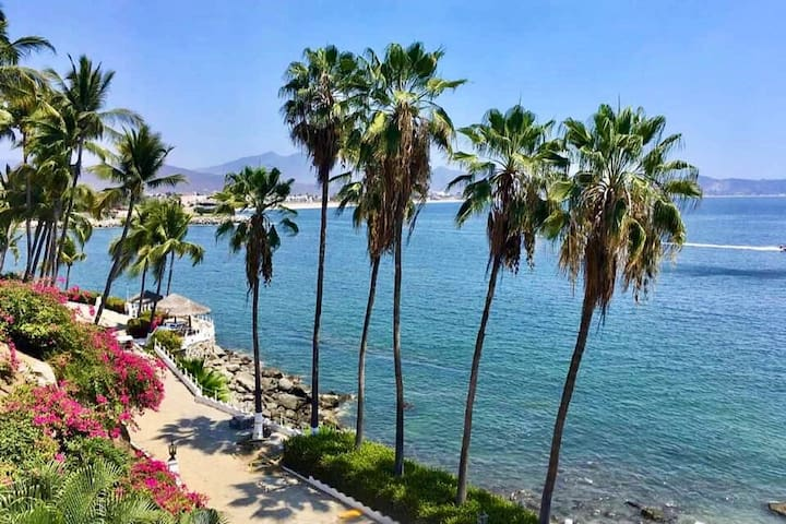 Incredible Ocean View Condo At Playasol Las Hadas