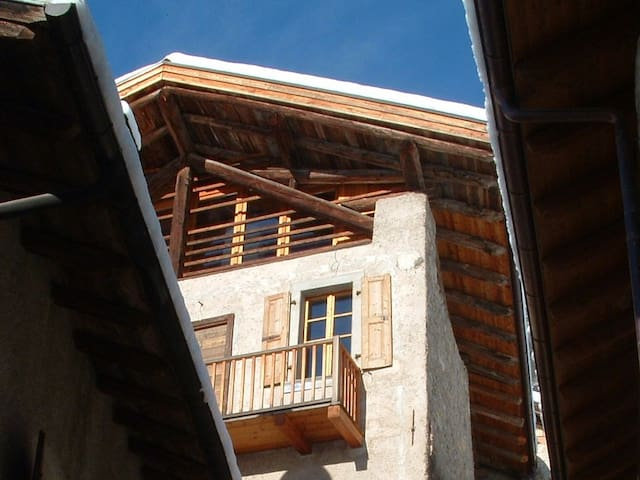 Ragoli的民宿