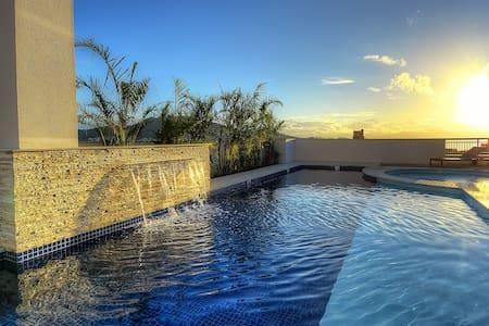 Elegant Flat with Sea View