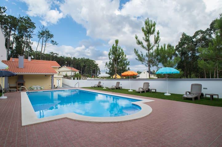 """Residencia """"Os Pinheirais"""""""