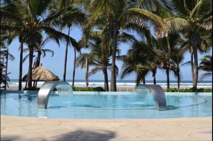 La Isla/Majestuoso y Nuevo Departamento con Playa