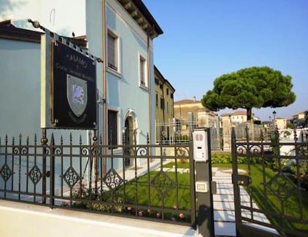 San Martino Buon Albergo的民宿