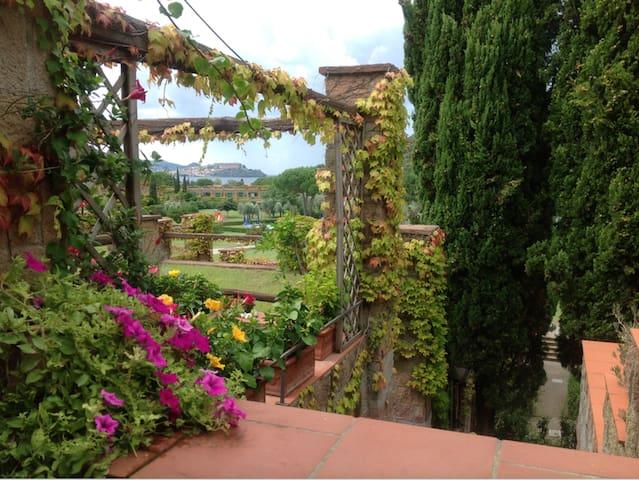 Bagnaia  (Isola d'Elba)的民宿