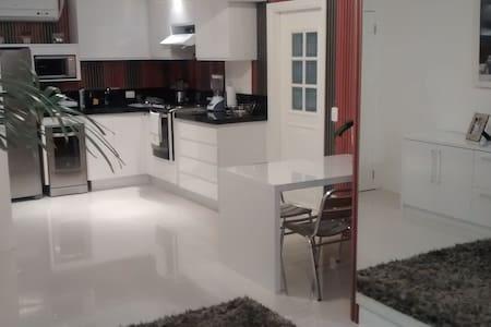 Ed. Baia Branca - 2 quartos