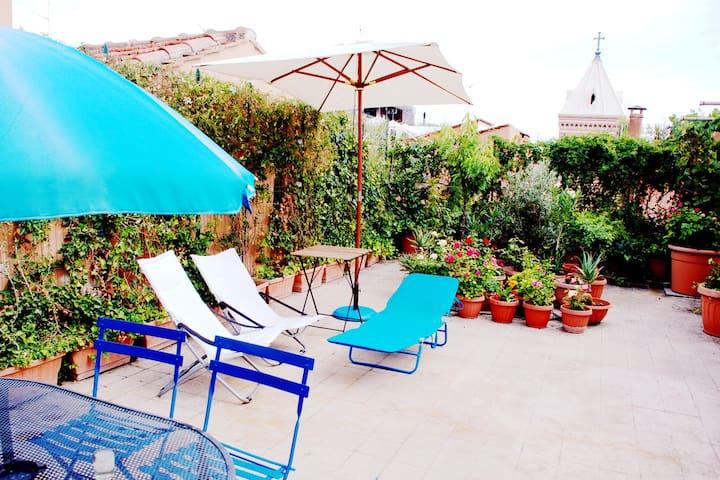 Rome Center Attico Terrace Apt...