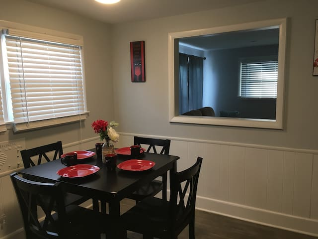 3 BR home~Easton~Airport