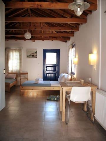 Kiparissi的民宿