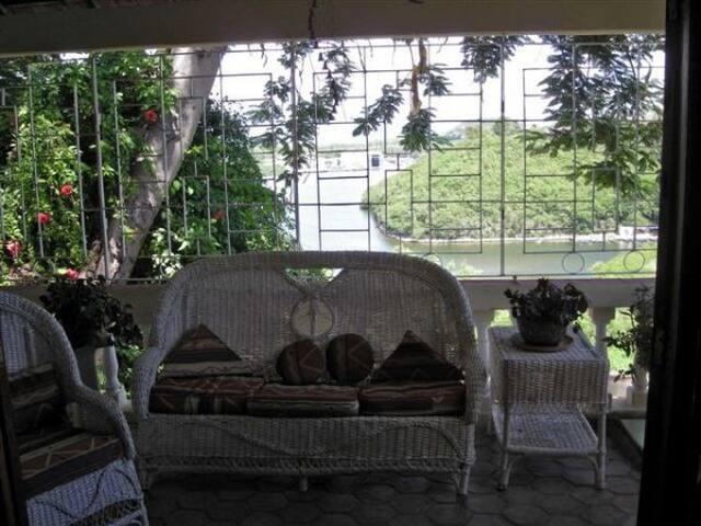 古巴圣地亚哥的民宿