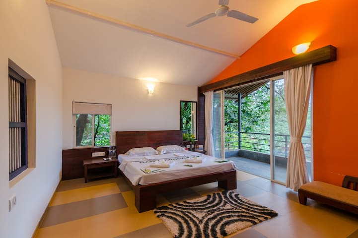 Ratnagiri的民宿