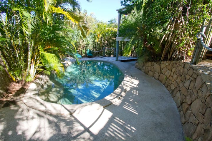 Mt Coolum Secluded Leafy Hideaway