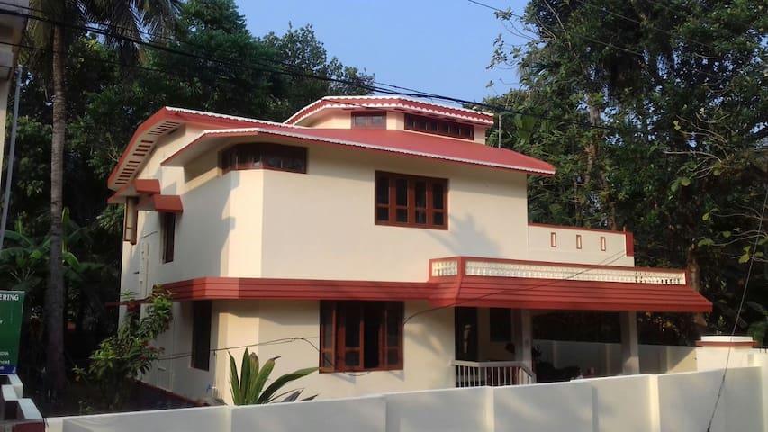 Independent house in Mavelikara, Allapuzha.