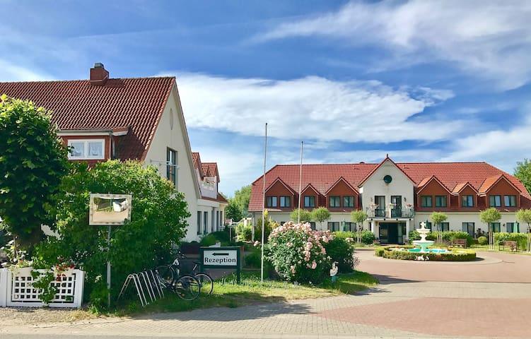 Ostseebad Boltenhagen的民宿