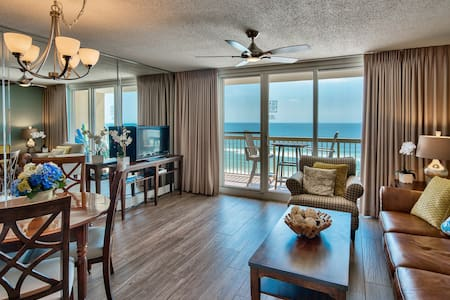 Amazing Ocean Views & Recently Renovated!