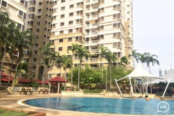 Private Affordable Room in Fully Furnished condo