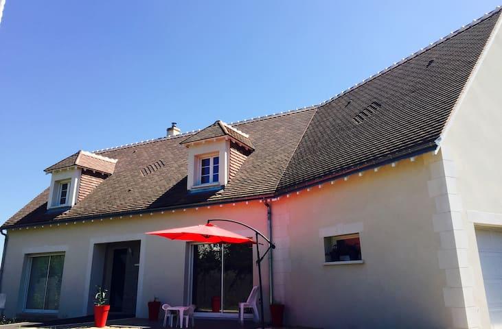 Azay-sur-Cher的民宿