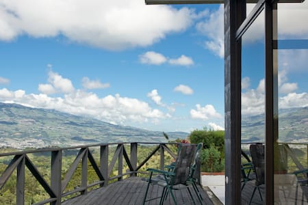 Beautiful Countryside Estate Villa
