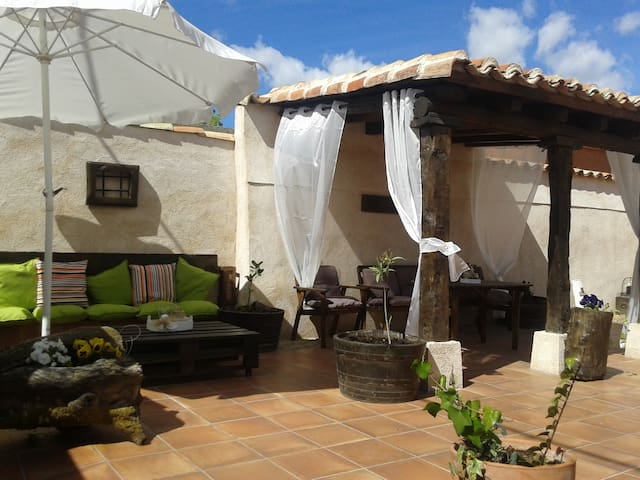 Villanueva de Duero的民宿