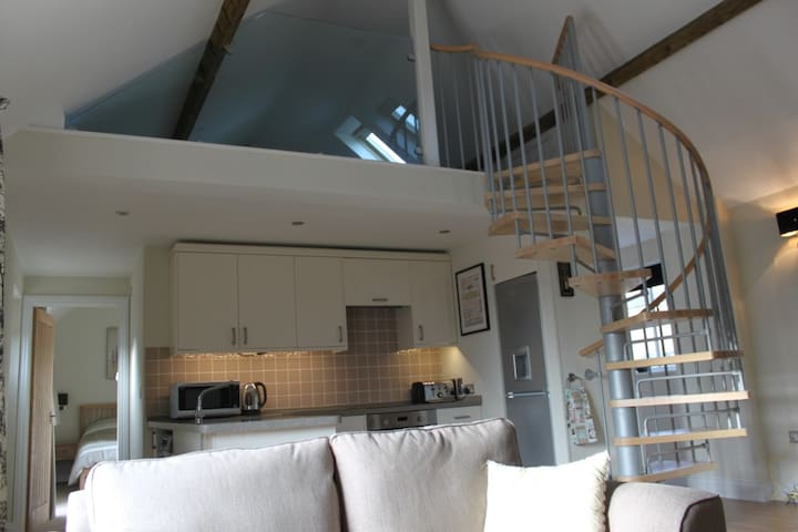 2 bed self catering cottage on farm