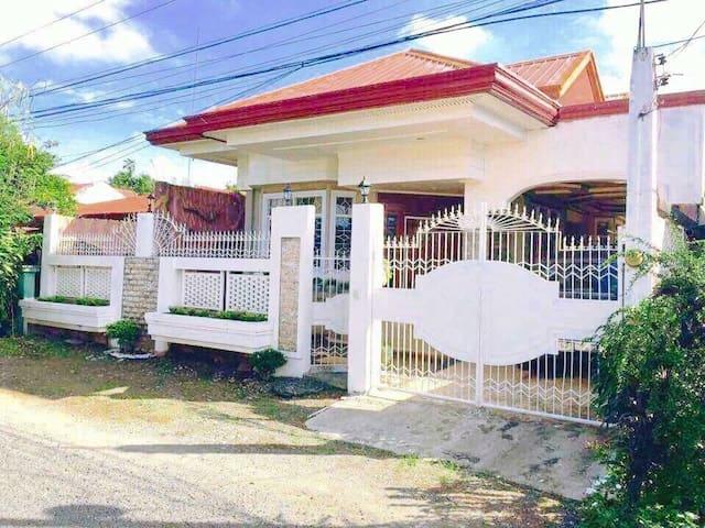 Tagum City的民宿