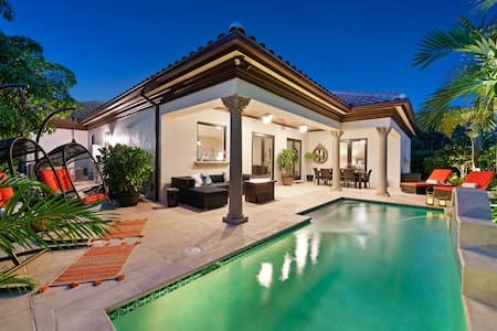 Luxury Retreat - Palm Beaches