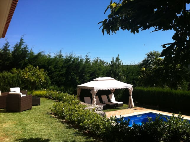 Lar da Vieira: swimming pool, jacuzzi, WIFI,garden