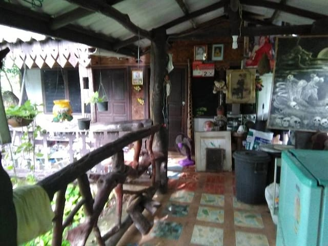Kham Phi的民宿