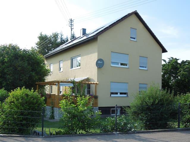 Rennertshofen的民宿