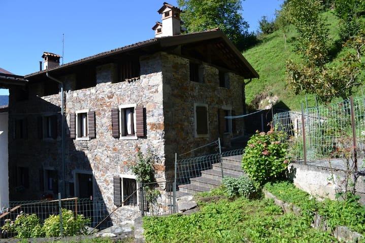 Paluzza的民宿
