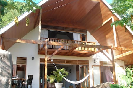 Healing Islands Apartment Lafore, amazing sea view
