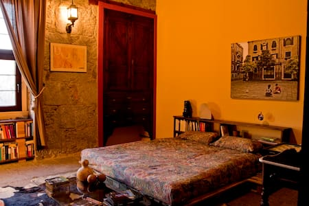 A fabulous room with wifi in Villa Lilla