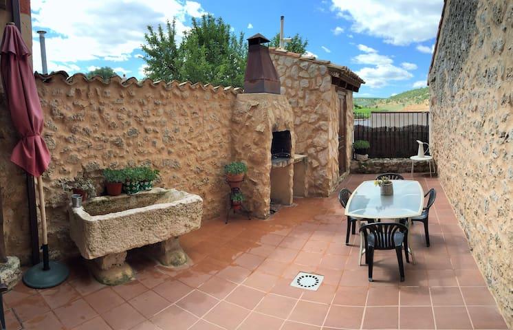 Casa Azul con tradición Ribera del Duero