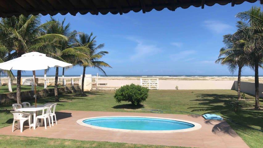 Praia do Saco的民宿