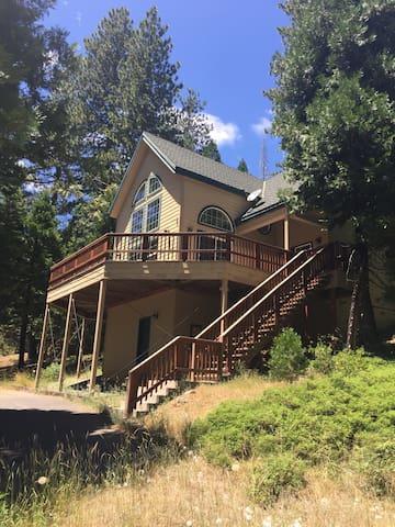Alpine Retreat in Cold Springs, CA
